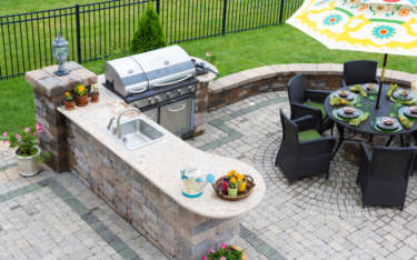 Is An Outdoor Kitchen Right for Your Central Coast Home?